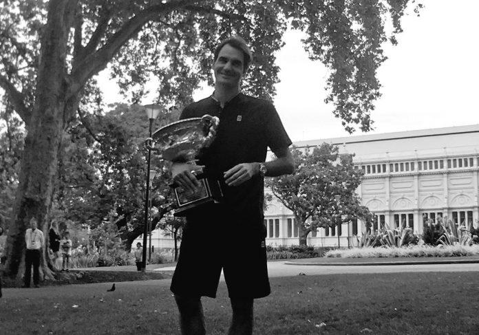 Federer: festa e altri 2 anni di professione