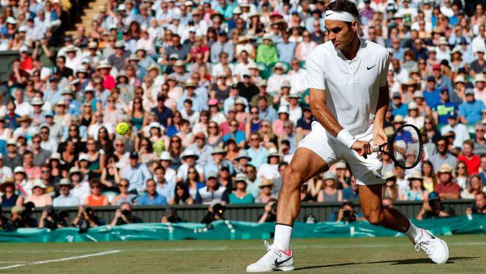 Federer da leggenda è il re di Wimbledon