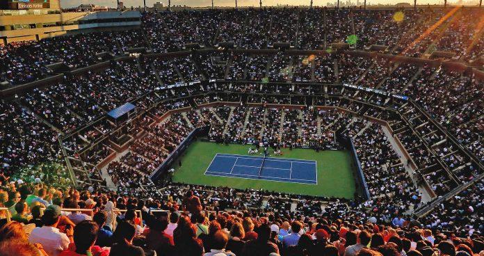 Us Open, Nadal e Federer agli ottavi di finale (soffrendo un po')